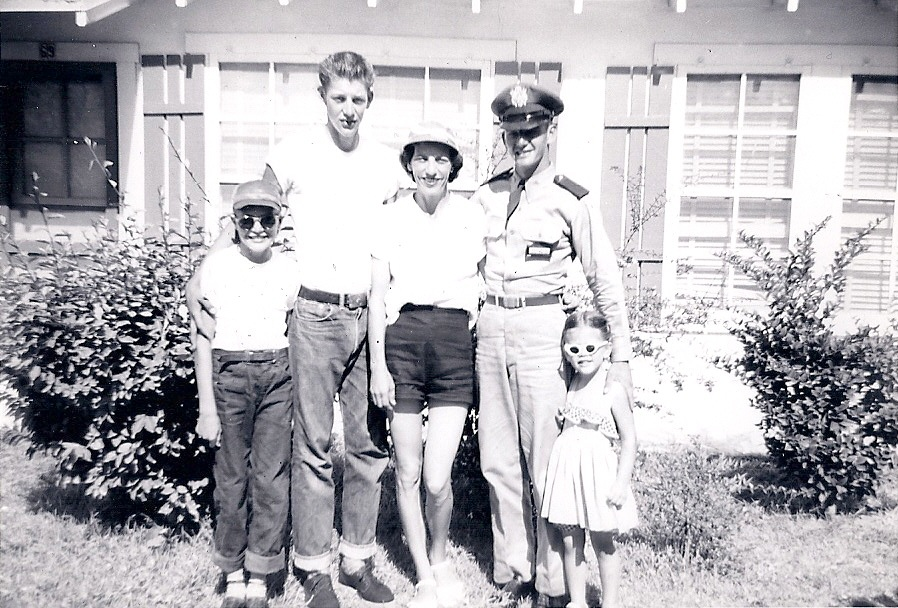 Elizabeth with her mom and brothers